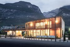 NUR-HOLZ Office and residential building in South Tyrol
